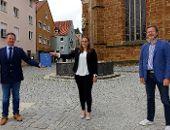 Bachelorarbeit an Oberbürgermeister Thumann übergeben