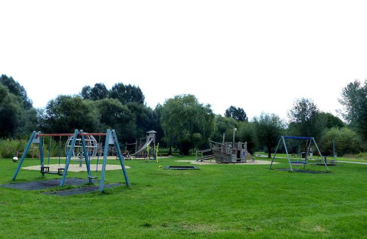 Spielplatz Holzheimer Weg / Emil-Silberhorn