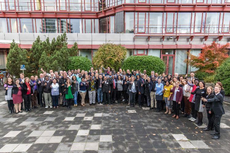 Teilnehmerinnen und Teilnehmer aus 10 verschiedenen Ländern kamen zum Vernetzungstreffen in das Wissenschaftszentrum Bonn (Foto: Bernadett Yehdou)