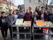 Vitamine für alle Schüler der Mittelschule an der Weinbergerstraße