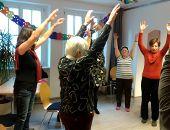 Yoga im Café der Welt