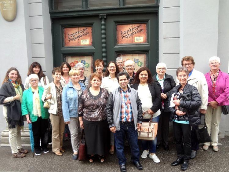 Café der Welt bei der Augsburger Puppenkiste