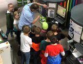 Kinder entdecken ihre Stadt - die Welt der Farben