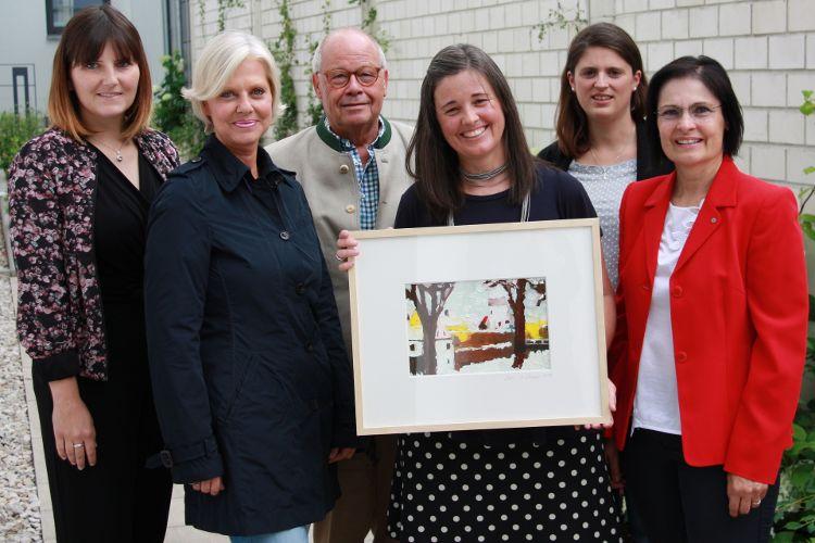 Foto v.l: (J. Neve): Sophie Stepper (Vorstand), Gudrun Berschneider (Rat), Helmut Rauscher (Vorstand), Melanie Köhler, Alexandra Hiereth (Bürgerstiftung) und Vera Finn (Vorstand)