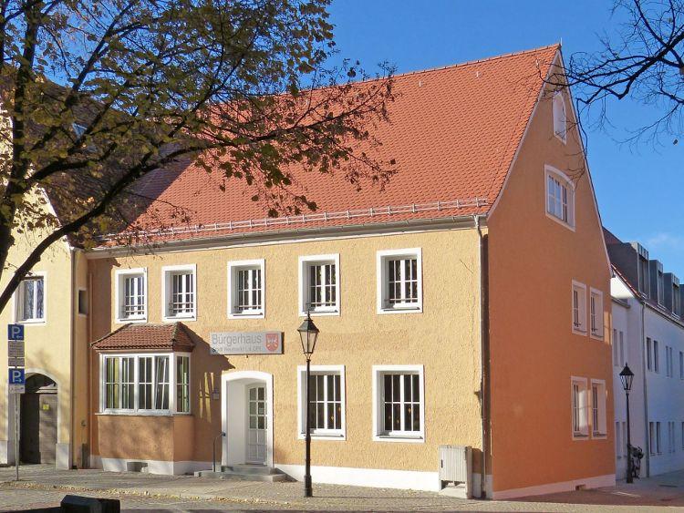 Rathaus IV mit Bürgerhaus eingeweiht