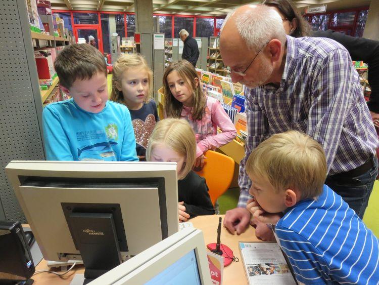Kinder entdecken ihre Stadt - Stadtbibliothek