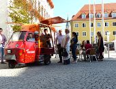 Fairtrade-Bistro vor dem Rathaus gut besucht
