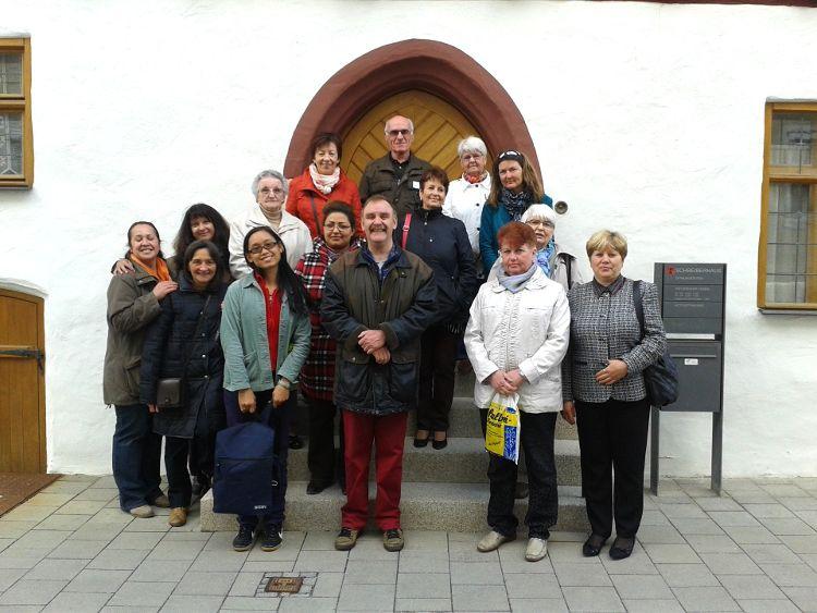 Die Teilnehmer des Café der Welt. Ganz oben Mitte, Herbert Hauser von den Altstadtfreunden.