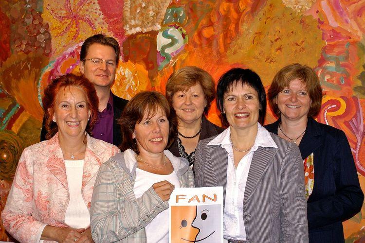 Das Anfangsteam der FAN bestand aus Marion Hofer, Ralf Mützel, Birgitt Rupp, Inge Röhrl, Vera Finn und Ruth Dorner.