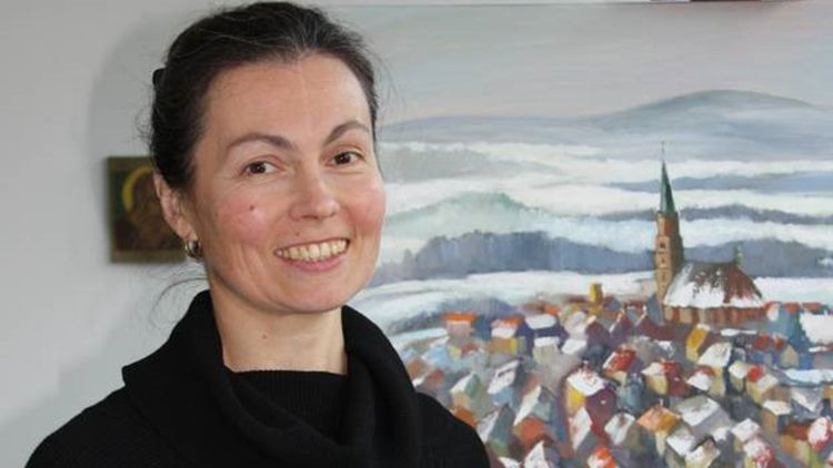 Die Künstlerin Irina Chipowski präsentierte den Advents-Los-Kalender 2012