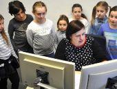 Kinder entdecken die Redaktion des Neumarkter Tagblatts