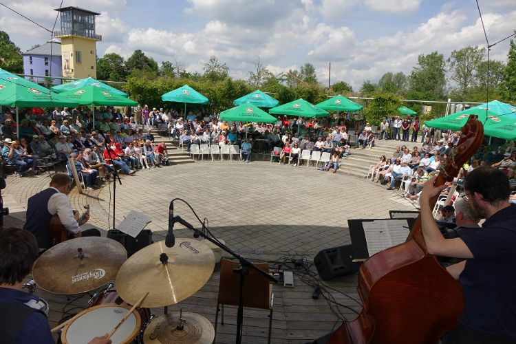 Interkultureller Tag am LGS-Gelände