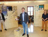 """Ausstellung """"Fair unterwegs"""" im Rathaus eröffnet"""