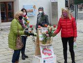 450 faire Rosen verteilt